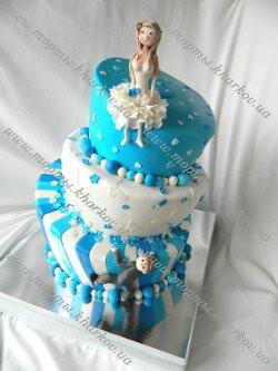 Качающийся свадебный торт