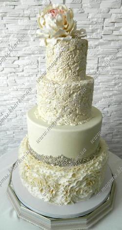 Свадебный изысканный торт