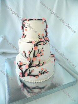 Свадебный торт «Ветка сакуры»
