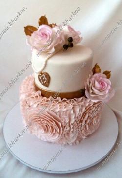 Стильный торт с сахарными розами
