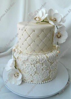 Торт свадебный кружевной с орхидеями