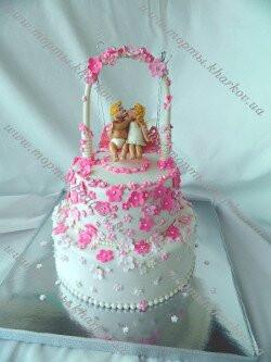 Торт свадебный с аркой и ангелочками