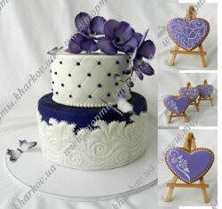 Торт свадебный с орхидеями и свадебные пряники