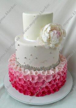 Торт с пионом свадебный