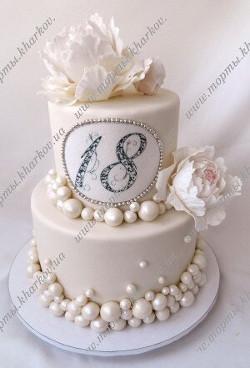 Торт с сахарными пионами на 18 лет